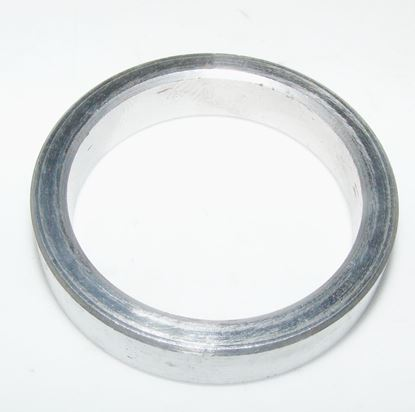 Picture of crankshaft seal spacer, 1020310151