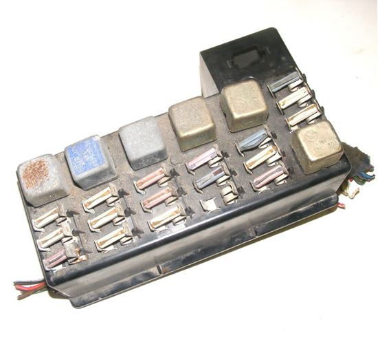 Picture of bmw fuse box, 61131369605