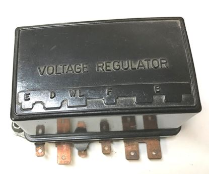 Picture of Mercedes voltage regulator 0011544606
