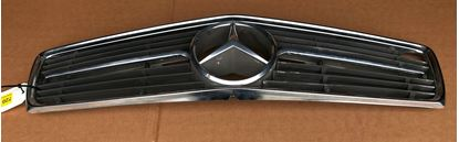 Picture of Mercedes R107 grill assembly , used 1078880215